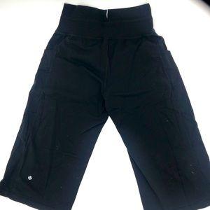 LULULEMON| Wide leg high waist with tie Blk crops